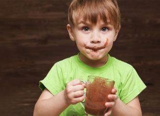 Chocolate en el desayuno facilita aprendizaje en niños