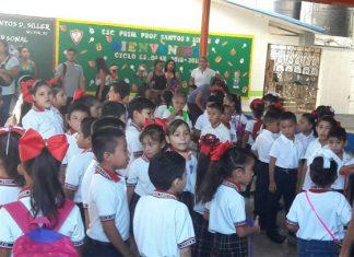 PC recomienda disminuir horario de ceremonias cívica en escuelas