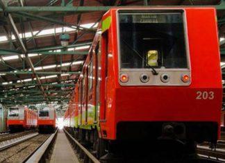 Impiden que una mujer arroje a bebé a las vías del Metro
