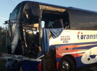 Choque de tren y autobús en Cuba deja al menos 12 heridos