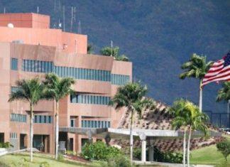 EU desaloja a parte de su personal de embajada en Caracas