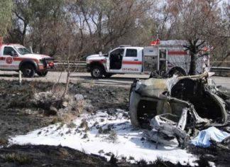 Joven de 18 años muere calcinado tras chocar en una camioneta BMW