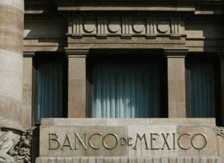 Banxico va a la Corte por Ley de Remuneraciones