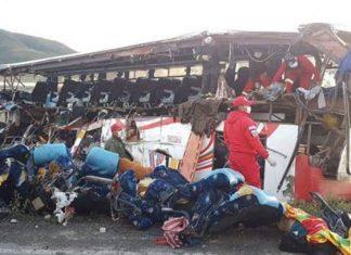 Accidente carretero en Bolivia deja al menos 24 muertos
