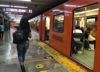 Detienen a 2 por intento de secuestro en el Metro
