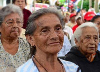 En 3 meses todos los adultos mayores recibirán su pensión: AMLO