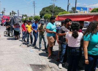Entregan becas Benito Juárez en Matamoros
