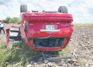 Accidente vial deja a una persona muerta y a la otra herida
