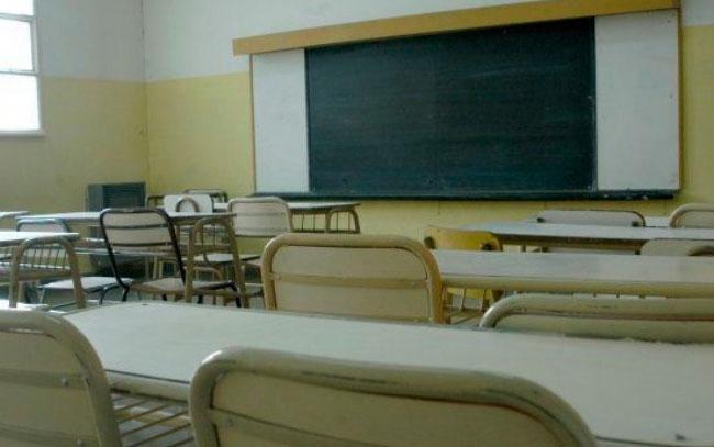 Descartan megapuente en escuelas