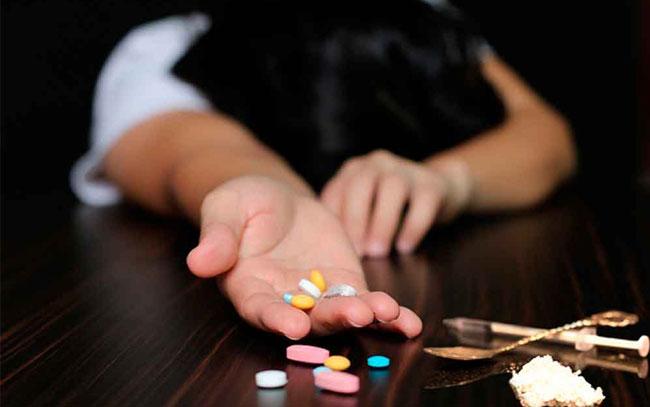 Crece adición a drogas y alcohol entre jóvenes