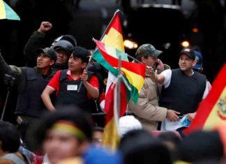Detienen a dos ex funcionarios electorales de Bolivia