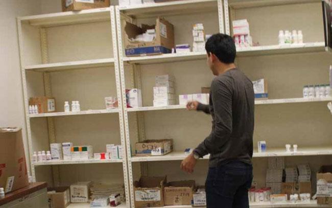 Exigen a abastecer de medicamentos a clínicas y hospitales del ISSSTE