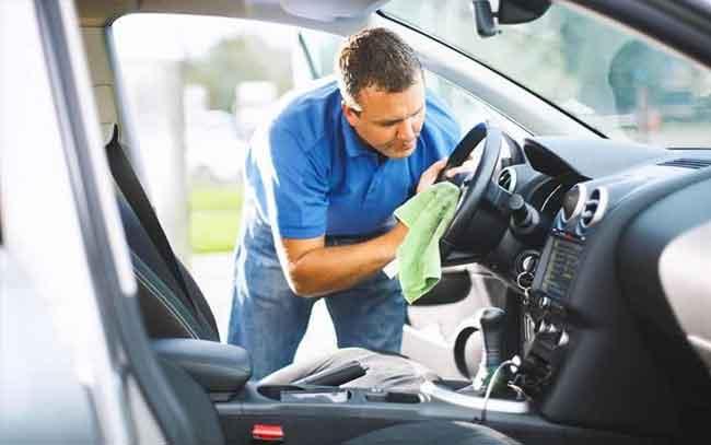 ya limpiaste tu automóvil por dentro