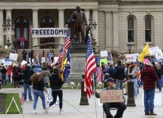 Protesta en USA por extensión del confinamiento