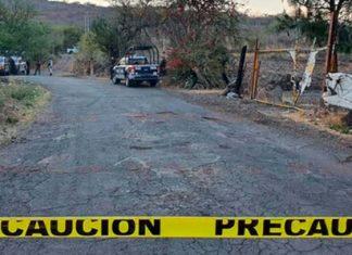 Asesinan a niñas y las tiran en carretera en Michoacán