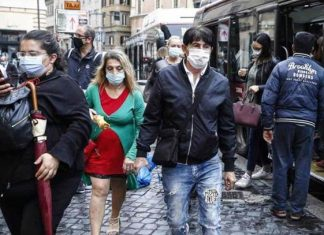 Busca Italia decretar uso obligatorio de mascarillas