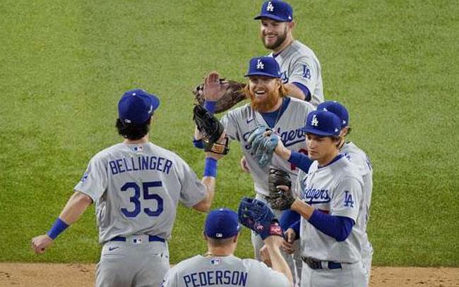 Dodgers sigue con vida en la Serie de Campeonato