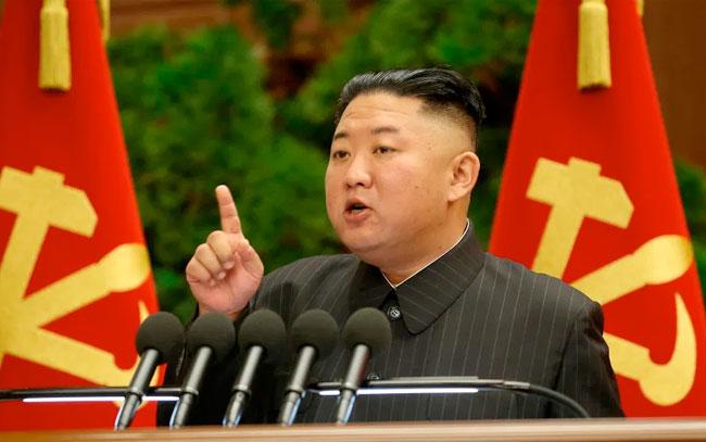 Kim Jong-un culpa a altos cargos