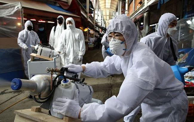 """Advierte OMS momento """"muy peligroso"""" de la pandemia"""