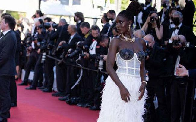 Atacan otra vez ladrones de joyas en Cannes