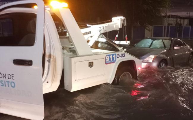 Auxilia Municipio afectados por tormenta