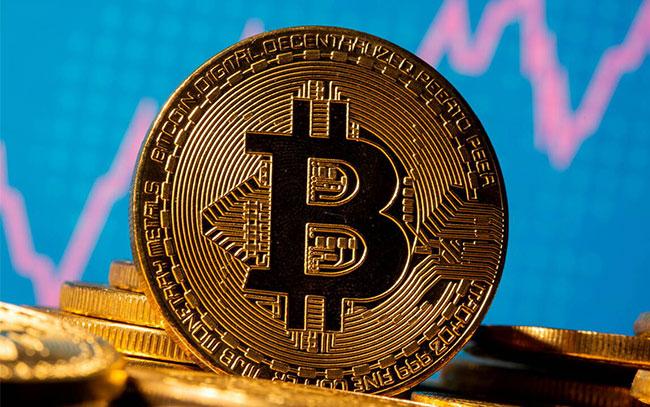 Bitcoin cae por debajo de los 30,000 dólares