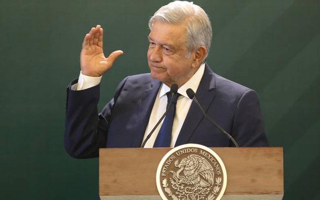 Descarta López Obrador demanda por Pegasus