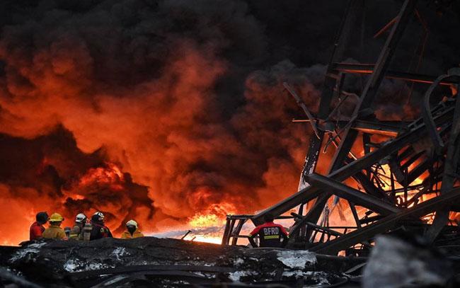 Explosión en fábrica de Tailandia deja al menos 1 muerto