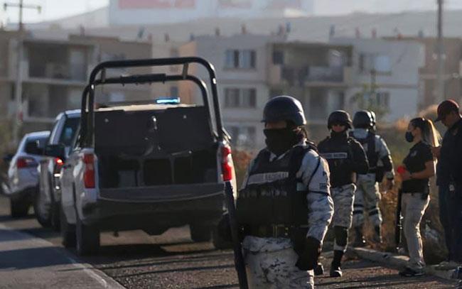Hallan ocho cuerpos embolsados en carreteras de Tijuana