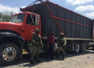 El Ejército Mexicano, rescató en dos eventos a 158 migrantes.