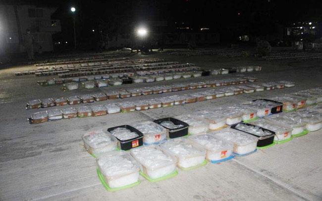 Aseguran Armada de México 2 mil kilos de enervantes