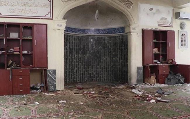 Explosión arrasa con civiles en Kabul