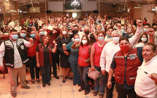 Lalo Gattás recibe a Maki Ortiz en Ciudad Victoria