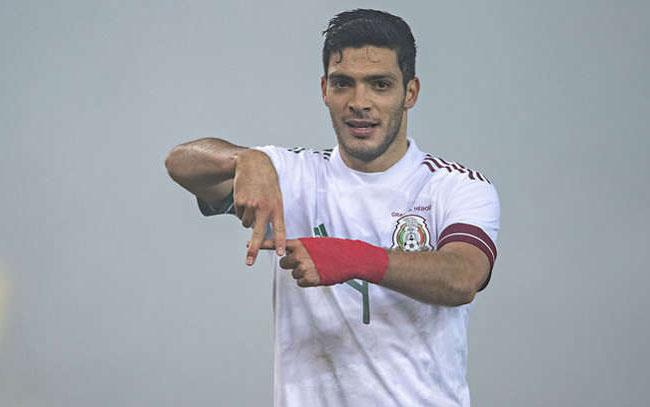 Raúl Jiménez se perfila para volver a jugar con el Tri